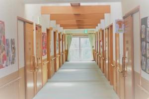 リハビリもできる広い廊下